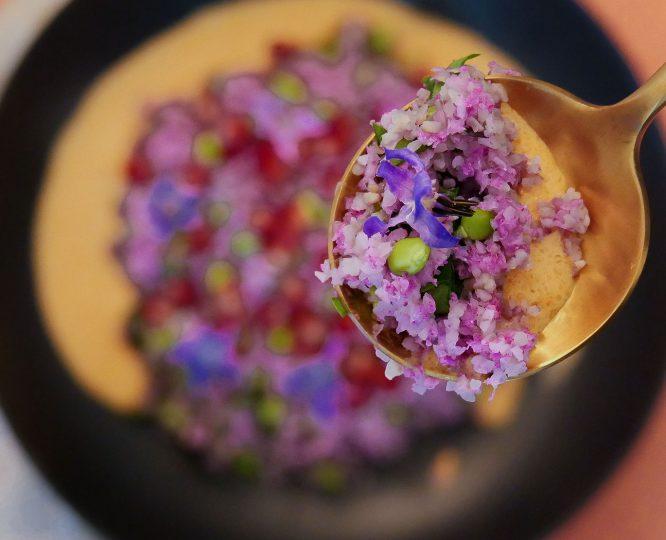 Tabouleh qui mélange grenade et graines de lin, c'est inédit !
